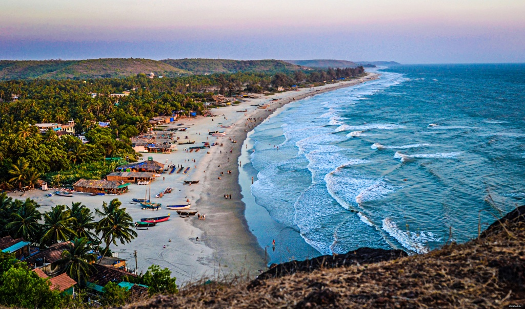arambol-beach-photo-hill.jpg