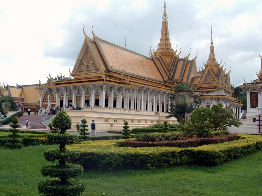 170 Phnom Penh Royal Palace.jpg
